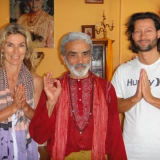 Yoga München / JIVA/ANANDYOGA SHALA MAXVORSTADT / Yogalehrer Ausbildung Dharma Mittra