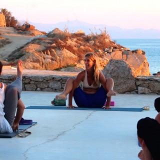 Yoga München / JIVA/ANANDYOGA SHALA MAXVORSTADT / Yoga Retreat Mykonos - Susanne Waldmüller Yogalehrerausbildung