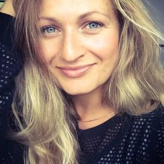 Yoga München JIVA/ANAND YOGA Anja Hensel Portrait